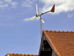 Pole mounted wind turbine